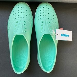 Women's Native Shoes New 8